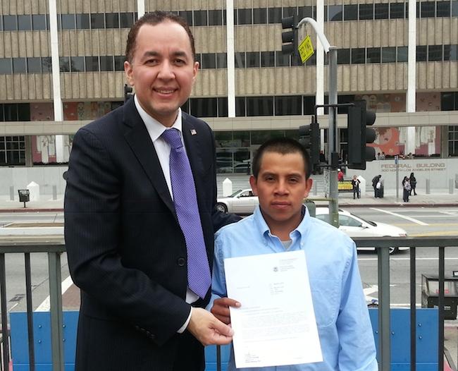 Nelson A. Castillo y Domingo López