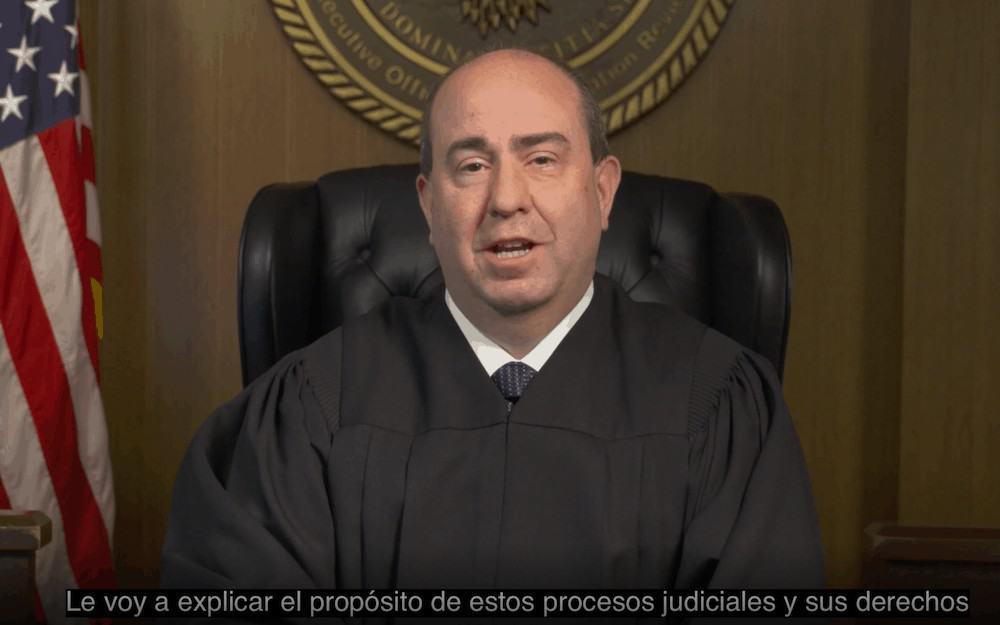 Juez de inmigracion video